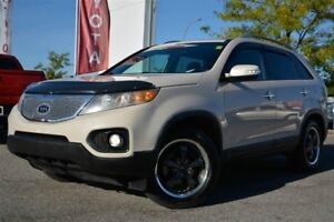 2011 Kia Sorento 4X4, V6, EX, LEATHER, SUNROOF