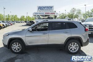 2016 Jeep Cherokee North 4X4 ONLY 1,772KM!