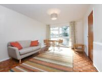 AMAZING 1 DOUBLE BEDROOM FLAT, BRAND NEWLY REFURBISHED JUST OFF BLACKHEATH PARK, VIEW QUICKLY