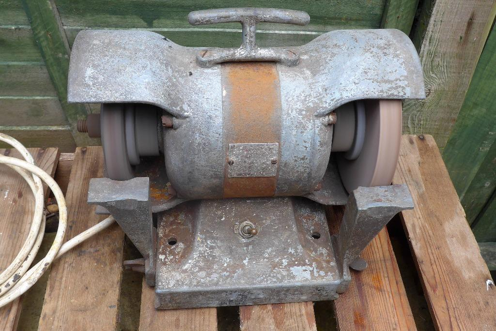 Vintage Heavy Duty Metal Bench Grinder In Nuneaton Warwickshire Gumtree