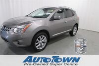 2011 Nissan Rogue SL * Finance Price $19,900.00. Leather Interio