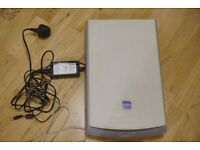 Epson Perfection 1240U Color Flatbed Scanner