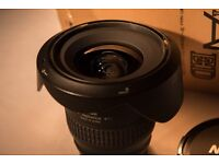 Nikon Nikkor 18-35mm f3.5-4.5 Zoom Lens Boxed Mint condition