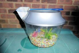Small Round Plastic Fish Tank with Coloured Gravel, Arch, Plastic Plant and Fish Net, Histon