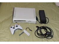 Xbox 360 250GB model (HDMI/WIFI 39 x games COD, Gears, GTA)