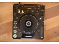 Pioneer CDJ-1000MK3 - DJ CD MP3 Player with power cable