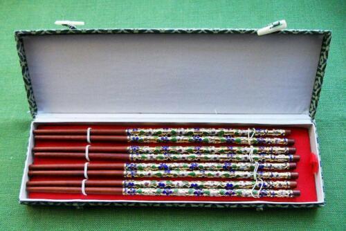 NIB 4 PAIRS CHOPSTICKS w/ CLOISONNE HANDLES Red Wood_Silk Covered Box_Japan