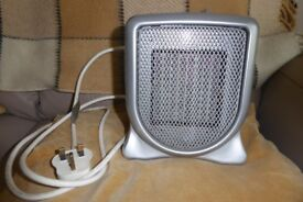 Small Ceramic Heater Ideal for Caravanning, Thermostat Control, Safety Cut Off, Fingerproof, Histon