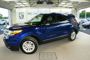 2014 Ford Explorer XLT + 4WD + NAVIGATION + 7 PASSAGERS