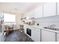 Two Double Bedroom flat with Comm Swimming Pool