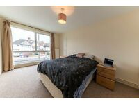 a super large two bedroom property located in cricklewood, please call 07811675542