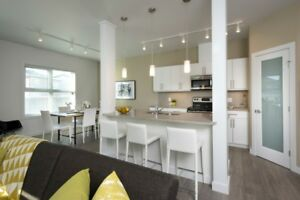 The Ridge, Beautiful 3 Bedroom Townhouse Available Immediately