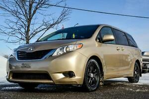 Toyota Sienna 8 Pass LE 2011