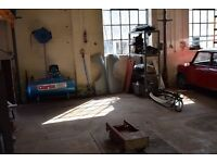 Classic Car Restoration workshop facilities for hire in South Devon £200/month.