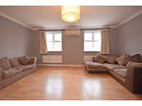 Stunning 4 bedroom townhouse, with 3 bathrooms. Tooting Bec!!