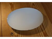 Thomas Medaillon Narrow Platinum Band Oval serving platter