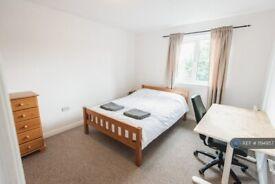 2 bedroom flat in Abbots Mews, Leeds, LS4 (2 bed) (#1194957)