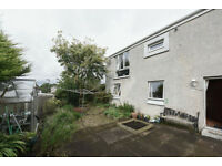 3 bedroom house with private garden / Craigshill