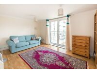 Part Bills Included YES !! A River Side 1 Bed Flat- Furnished-Parking- Kew-Brentford-TW8