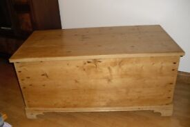 PINE BOX/TRUNK/CHEST-ANTIQUE WITH GREAT STORAGE FOR TOYS AND OTHER ITEMS AS VERY SPACIOUS