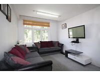 Great location - two doubles - modern flat close to the station - available 1st of September