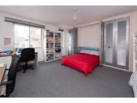 ST MATTHEWS LODGE, NW1 - STUDIO FLAT - LARGE SPACE - FULLY FITTED KITCHEN AND BATHROOM - FURNISHED
