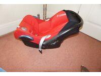 Red Maxi Cosi baby car seat