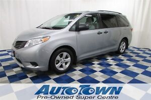2015 Toyota Sienna LE 7 Passenger/LOCAL/GREAT PRICE/REAR VIEW CA