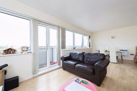 PRICE DROP! Newly renovated four bedroom property within hopping distance of Stockwell tube.