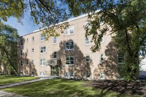 Grandview Apartments, Bachelor Apartment,Available Oct.1,$750