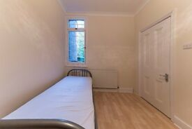 GORGEOUS 3 BED PROPERTY HUGE GARDEN MOMENTS FROM WILLESDEN GREEN STATION CALL RICKY 07527535512