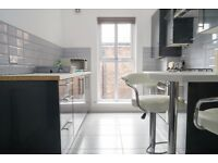 5 bedroom student apartment available august- double bedrooms & en-suites- L3 Central-bills included