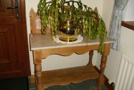 Beautiful Antique Pine Wash Stand.