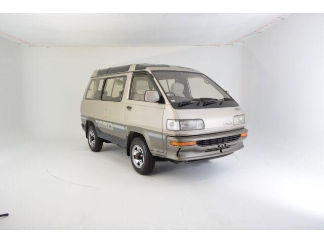 Imagen 1 de Toyota: Other LightAce…