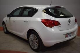 VAUXHALL ASTRA 1.7 EXCITE CDTI 5d 108 BHP (white) 2011