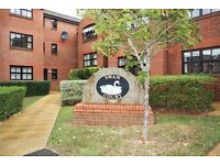 Elegant 2 bedroom apartment close to Exeter city centre and quayside