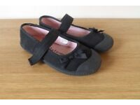 Girls Gym Shoes Size 12