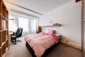 Double rooms available in Wapping/St Katherine's dock /Zone 1