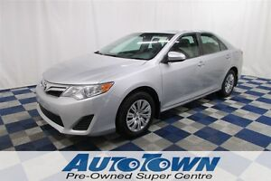 2012 Toyota Camry LE/USB OUTLET/AUTO A/C /TOUCH SCREEN