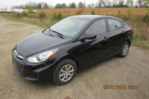 2014 Hyundai Accent L SEDAN! CERTIFIED! ONE OWNER! ONLY 40KM! 6-