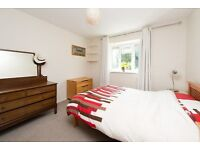 KELVIN ROAD, N5: LARGE ONE BEDROOM FLAT ON QUIET STREET IN HEART OF HIGHBURY - NEWLY DECORATED -