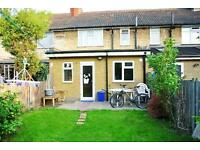 Have you ever lived in the West of London? Amazing double room close to Holland Park!
