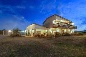 The Largest House in Goolwa available for rental with options! Hindmarsh Island Alexandrina Area Preview