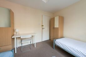 ~Twin Room in North West! Also for Couples! Great! Bills included