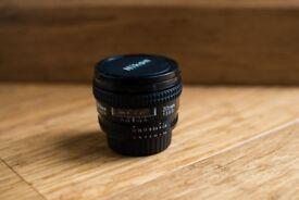 Nikon AF Nikkor 20mm F/2.8D FX wide lens