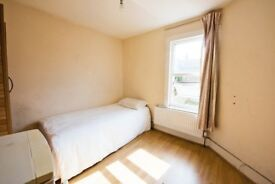 AMAZING TWIN and SINGLE rooms in STRATFORD/LEYTON, from 115pw