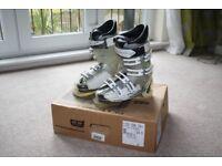 Salomon Ladies Instinct CS 24.5 ski boots