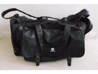 Leather bag, can be used for overseas travel, carry sports equipment or weekend away