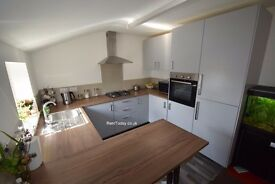 NEW 3Bed FLAT! City Centre PE1 2HN