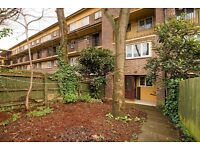 Very spacious 3 Bedroom Garden Maisonette close to Essex road Islington